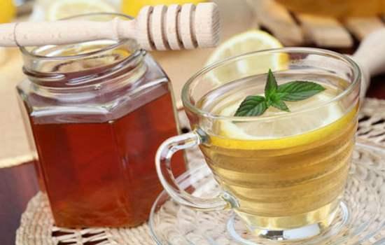 Приготовление медовой воды для похудения