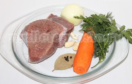 Ингредиенты для отварной говядины