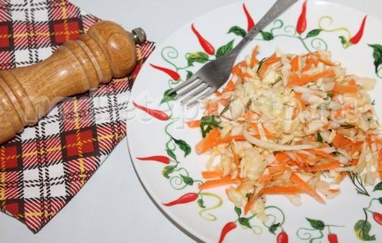 Диетический салат из капусты и моркови, рецепт с фото