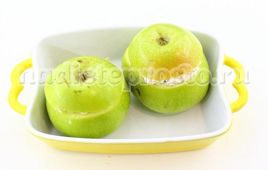 яблоки накрыть крышечками