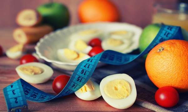 яйца и апельсины для диеты