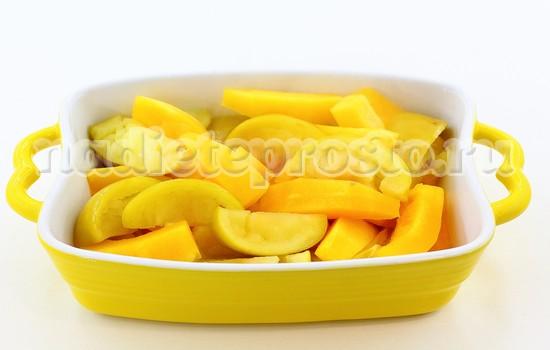 запеченная тыква с яблоками готова