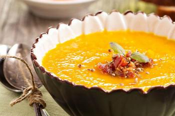суп-пюре из тыквы и овощей
