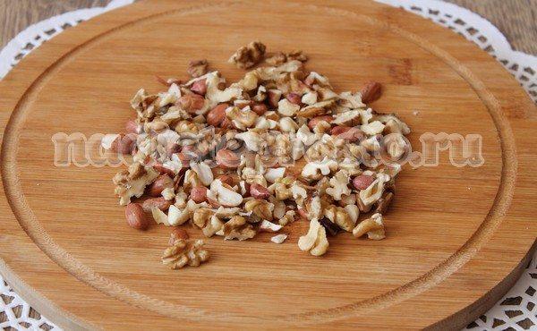 орехи порубить