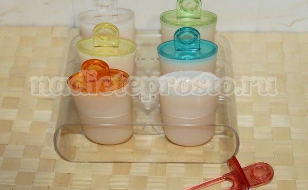 дынно-йогуртовое пюре в формочках