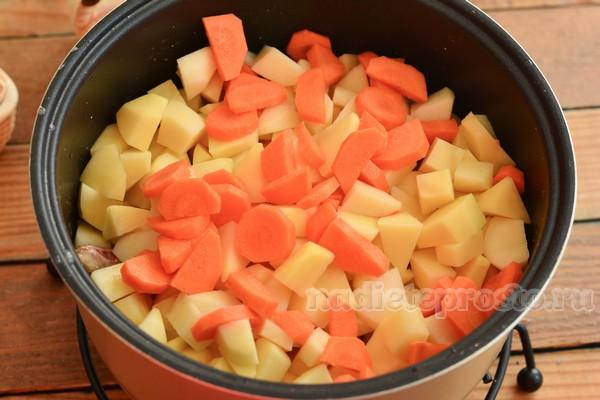 добавить овощи в мультиварку