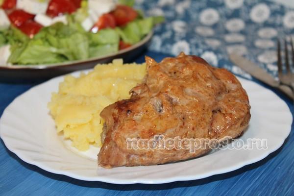 курица с хурмой готова