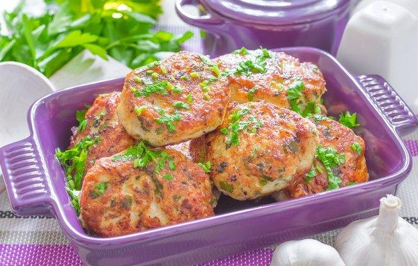 10 рецептов диетических куриных котлет в духовке