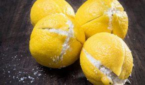 Миниатюра к статье Как применять соду и лимон от свисающего живота
