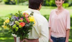 Миниатюра к статье Какие цветы признаны самыми романтичными?